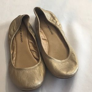 Lucky Brand Emmie Gold Ballet Flats Size 10